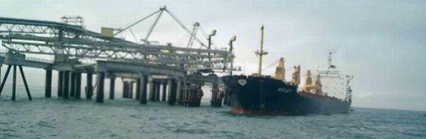 western_sahara_phosphate_harbour_610.jpg