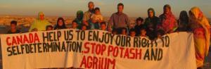 tn_refugees_protest_phosphate_canada_610_200.jpg